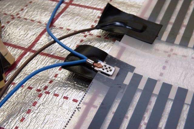 Подключение инфракрасного теплого пола к сети