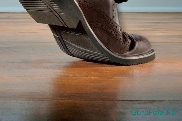 причины возникновения скрипа в полу