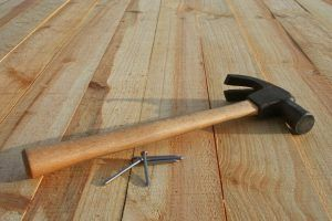 Проверка деревянного пола