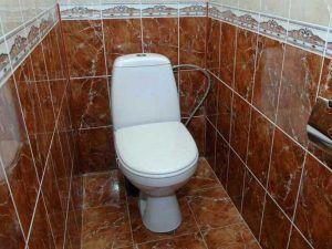 туалет в плитке