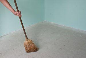 Очистка пола