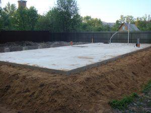 сплошную заливку бетонной плиты