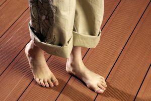устранить скрип деревянного пола