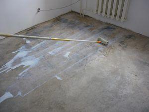 Выравнивание основания бетонного
