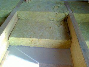 по деревянному перекрытию