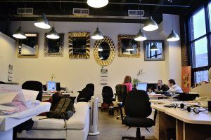 Ламинат в офисе