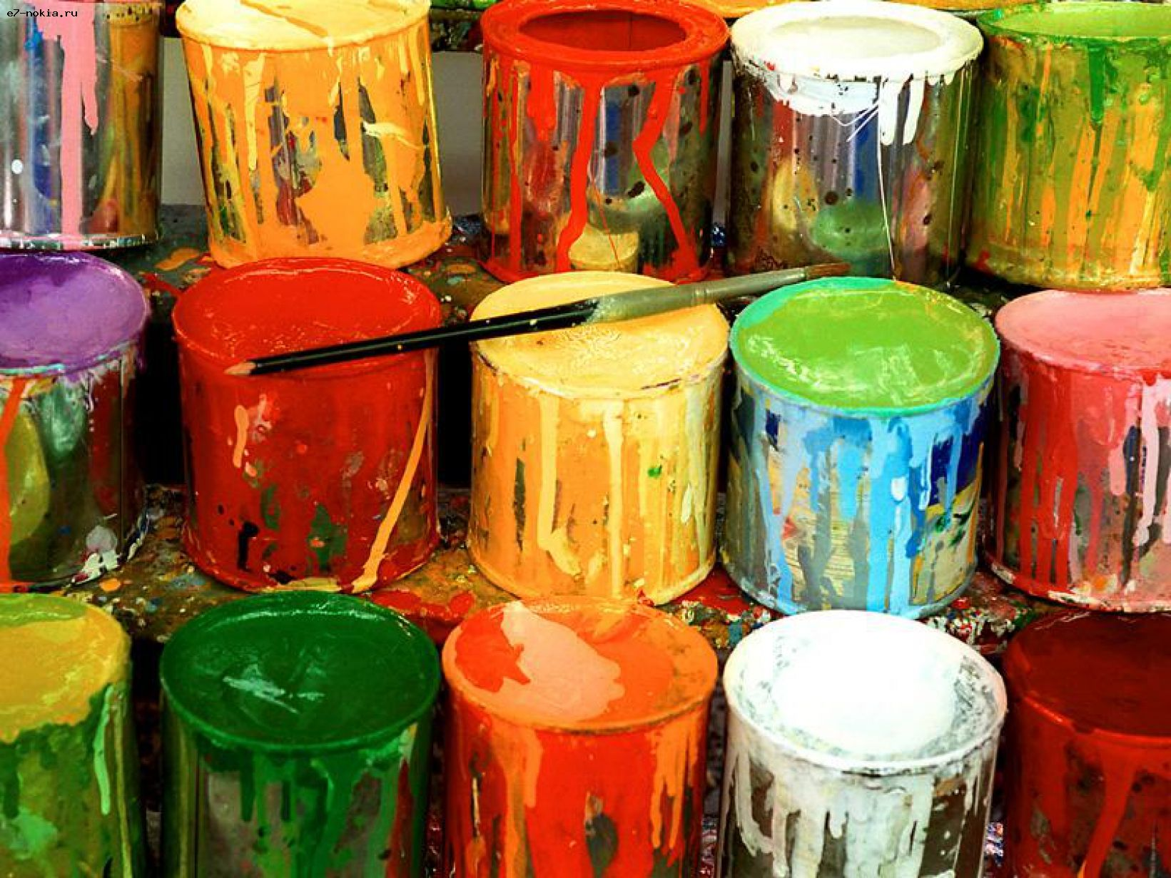 Как отмыть краску с линолеума